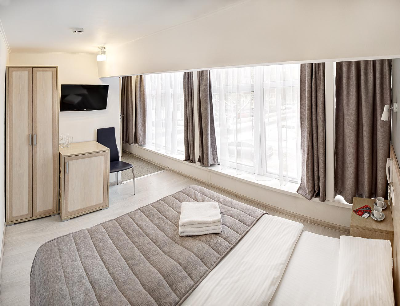 Hotel MINIMA - Aeroport